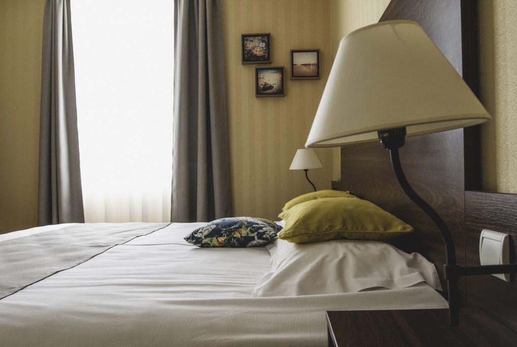 Chambre Double Confort King Size Hotel Les Coutainvillaises Agon