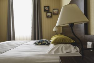chambre-double-hotel-agon-coutainville