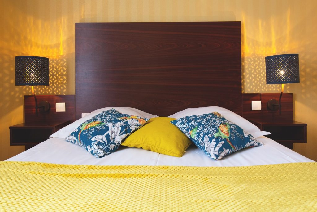 4-chambre-lit-king-size-agon-coutainville